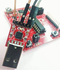 Koneksi LaunchPad ke modul UART to USB: +5V, GND, Txd.